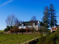 Newly renovated 3 bed family home: traditional farmhouse 5.5 miles south of Forres nr Logie Primary