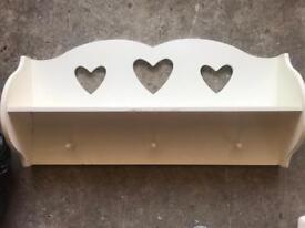 Cute heart shelf