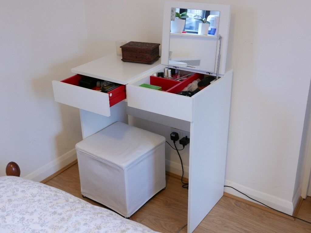 Dressing table (Brimnes - IKEA). Used, good condition