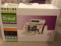 Cricut electronic cutting machine £65