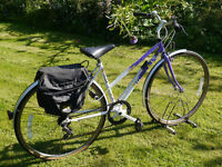 "Falcon Explorer lady's town hybrid bike, 17"" medium Reynolds frame, 6 gears, 700c wheels, discount"