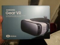 New Samsung Gear VR Virtual Reality Headset for Note 5/S6 Edge Plus/S6 Edge/S7/S7 Edge - Frost White