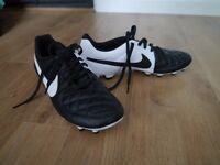 Nike tiempo football boots adults size 9 uk - Brand New (Never worn - No box)