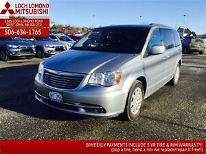 2014 Chrysler Town & Country Touring - only $181 biweekly!