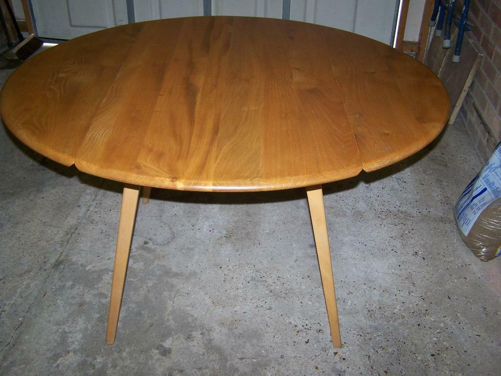 ercol dining table in Ware Hertfordshire Gumtree : 86 from gumtree.com size 1024 x 769 jpeg 103kB