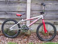 APOLLO MX 20.3 BMX BIKE