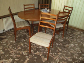 Gplan dining table and 6 chairs