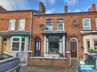 Well Presented 3 Bedroom property just off the Ormeau Road, - Available Immediately
