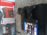 PlayStation 4 with 2 pads and FIFA 21