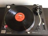 Technics SL 1210 MK2 turntable £460