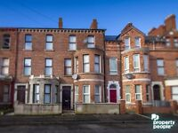 Spacious Two Bedroom second floor apt in Thorndale Ave in North Belfast 400 PCM