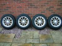 """Vivaro alloys Trafic Primastar alloy wheels 16"""" with brand new tyres"""