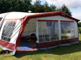 Dorema Awning with 2 double zip in sleeping annexes