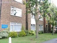 Spacious fully furnished one bedroom apartment in central Raynes Park!