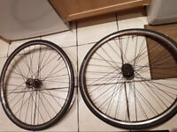Single speed/fixie 700cc Wheels. Good condition with tyres