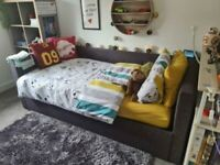 Single Day Style Bed