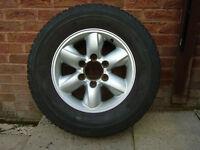 Nissan Terrano II Alloy Wheel + Michelin XPC 4x4 Tyre 235/70 R16