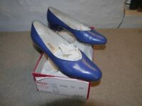 Bally Royal Blue low heel leather court shoes size 5