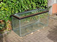 300 liter Four foot Aquarium 48 x 18 x 24 ND fish tank