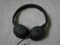 Genuine Bose SoundTrue On-Ear Headphones - Memory Foam Ear Cushions - Great Condition