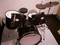 Stagg 5 piece full size drum kit (reference code: TIM 122BK)