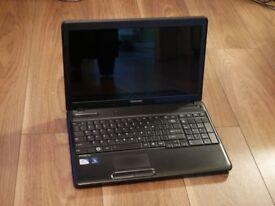 Toshiba Laptop   Intel Celeron   4GB RAM   15.6'   320GB HDD