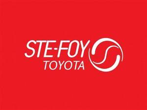 2013 Toyota Prius c Hybrid, Upgrade Package, Groupe Electrique,  Québec City Québec image 8