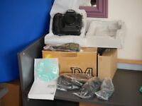 Nikon D4 with all accessorises and box Mint Condition 21k Clicks only