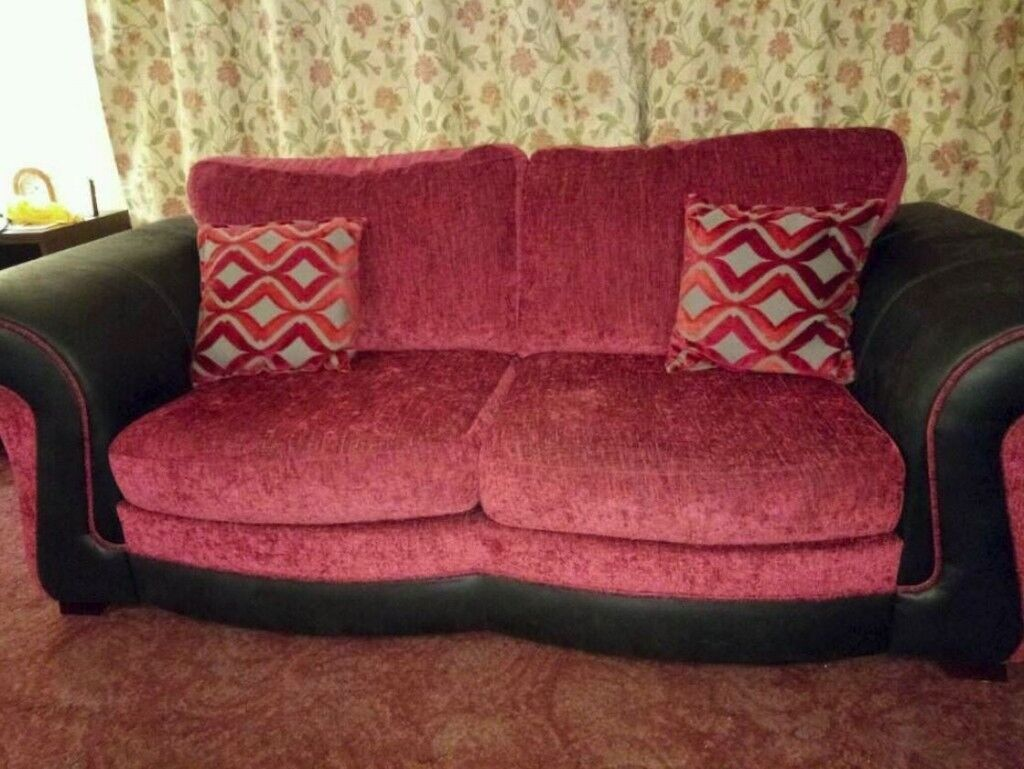 Large DFS sofa. Excellent condition. FREE delivery in Derby