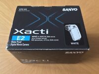 SANYO XACTI WATERPROOF DIGITAL CAMCORDER AND DIGITAL 8MP CAMERA - IN MINT CONDITION! £100