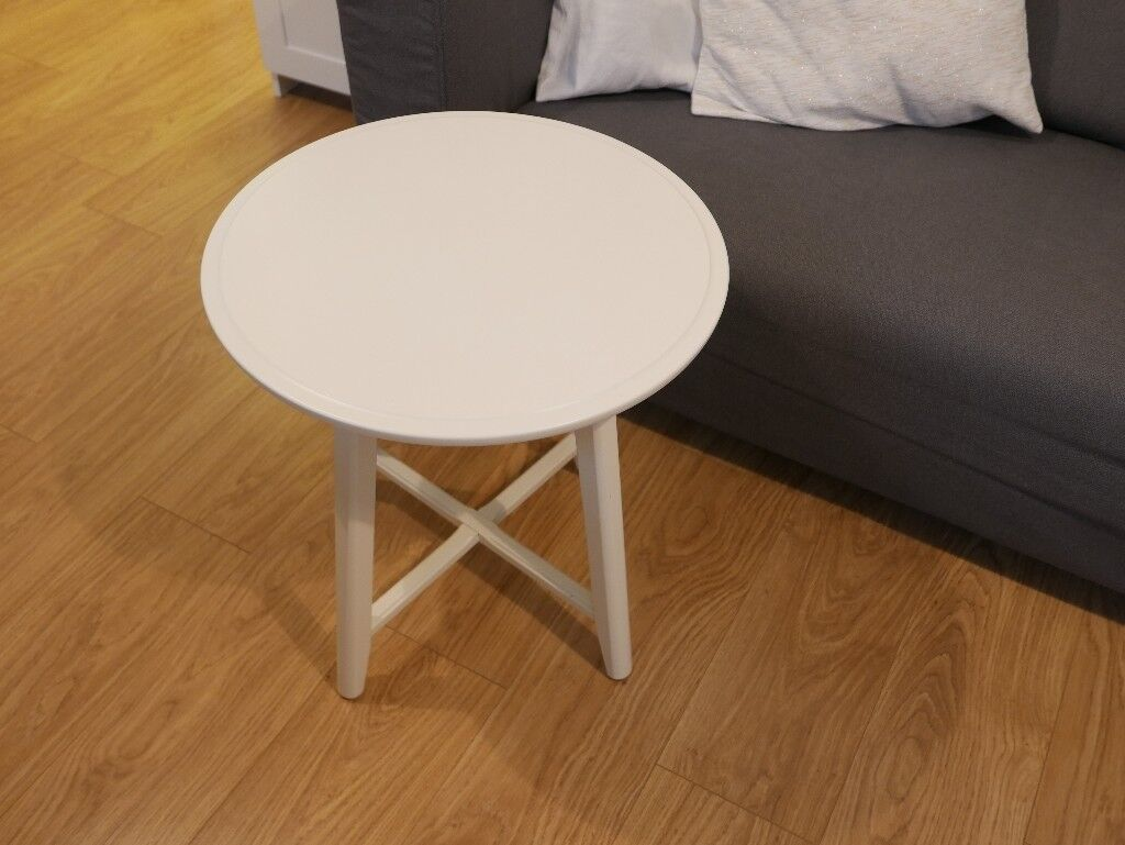 Coffee table (Kragsta - IKEA). Used, excellent condition