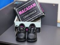 Girls Leather MacAdam new shoes never worn