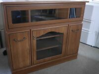 TV cabinet/stand only 1 yr old