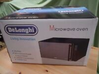 delonghi microwave 1000w grill and 1950 convection