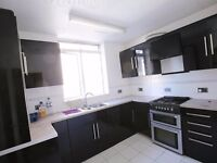 ***FOUR BEDROOM FLAT IN KINGS CROSS AVAILABLE NOW INC HEATING***