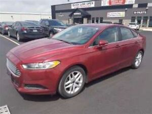 2013 Ford Fusion SE SUNROOF! HEATED SEATS! SYNC! BLUETOOTH! CRUI