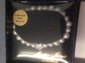 Brand New Freshwater Pearl Bracelet