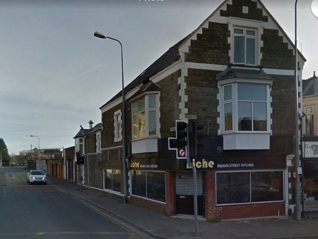 Prominent cafe unit with A1/A3 consent. Fully refurbished ready to open! Crwys road Cathays