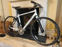 Fully Serviced Medium Hybrid Bike   Pinnacle Borealis 4.0   Carbon Forks & Seatstays