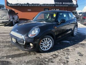 2015 Mini 3 Door Cooper | ONLY 41, 264 KM | HEATED SEATS | ROOF