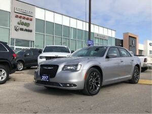 2017 Chrysler 300 AWD, NAV, 8.4 Screen, !! Loaded and PRICED TO