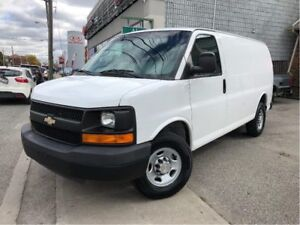 2010 Chevrolet Express 2500 LOW KMS / A/C / LEATHER / 153 INCH W