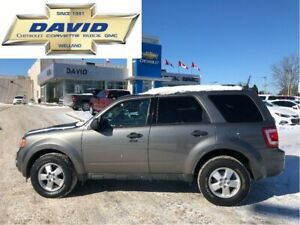 2012 Ford Escape XLT FWD, LOADED, ALLYS,LOCAL TRADE