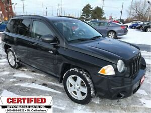 2010 Jeep Compass North Edition ** 4X4, CRUISE, AUX. IN **