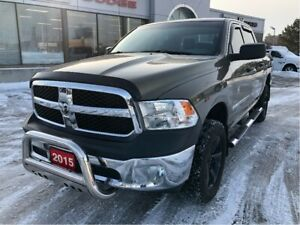 2015 Ram 1500 SXT Crew 4x4 V6 w/Backup Cam, Bluetooth, Hitch
