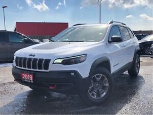 2019 Jeep Cherokee TRAILHAWK**LEATHER**PANORAMIC SUNROOF**BLUETO