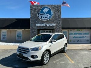 2018 Ford Escape WOW LOW KM SEL! FINANCING AVAILABLE!