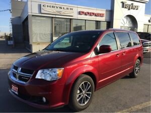 2017 Dodge Grand Caravan Premium Plus w/Leather/Suede, Navi, Blu