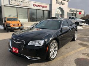 2018 Chrysler 300 C V8 w/Navigation, Pano Sunroof, Tint, Heated