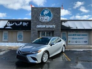 2018 Toyota Camry WOW CLEAN CAMRY SE! FINANCING AVAILABLE!